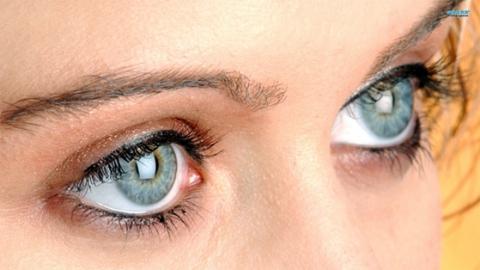 Как можно изменить цвет глаз питанием