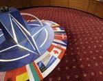 НАТО не смущает внеблоковый статус Украины