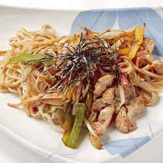 Блюда японской кухни из лапши