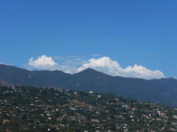 Красивый город Санта-Барбара