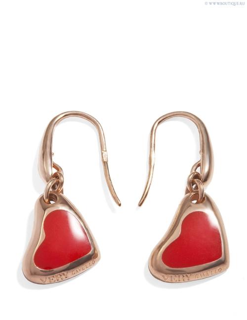 7 стильных подарков девушкам ко Дню Святого Валентина